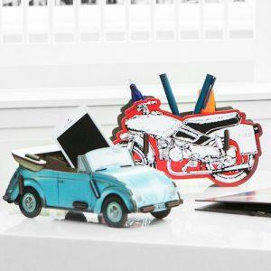 Bewaarbakje 'blauwe kever' met pennenbakje 'motor'